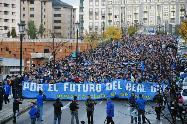 Real-Oviedo-fans-2.jpg